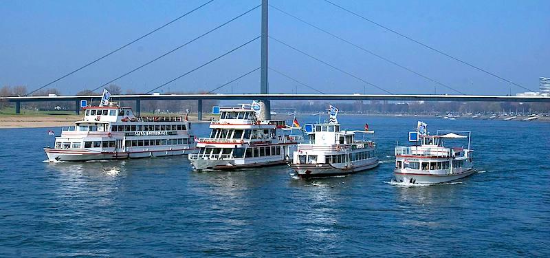 Weihnachtsfeier Schiff Köln.Weisse Flotte Aktuelle Fahrten